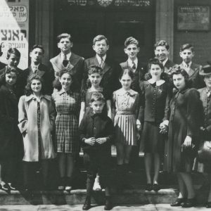 School group on Cecil Street